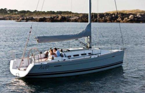Beneteau First 35