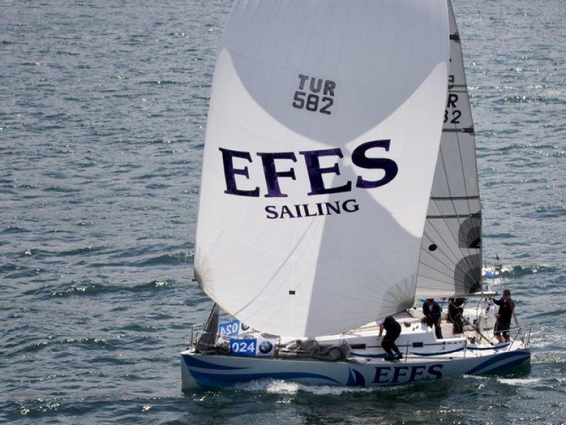 Efes Yelken Takımı
